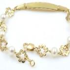 Pulsera con perlas y flores